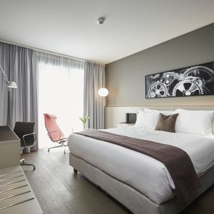 http://www.moderntimeshotel.ch/application/files/thumbnails/thumb_list_2x/5314/8767/1309/chambre_superieure.jpg