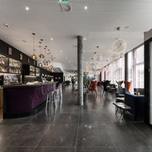 http://www.moderntimeshotel.ch/application/files/thumbnails/thumb_list_2x/6714/7505/1533/133_web.jpg